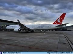 Turkish Airlines - TC-JJG (Aviacaobrasil) Tags: turkishairlines boeing777300er alexandrebarros sãopaulogruairport