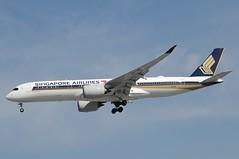 9V-SML (LIAM J McMANUS - Manchester Airport Photostream) Tags: 9vsml singaporeairlines singapore sq sia airbus a350 a359 359 airbusa350 airbusa350900 egcc manchester man
