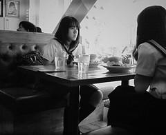 Burgers for lunch (Bill Morgan) Tags: fujifilm fuji xpro2 23mm f2 bw jpeg acros alienskin exposurex4