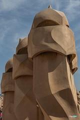 Roof of casa Milà ... Antoni Gaudí (capellini.chiara) Tags: schornstein chimenea cheminée comignolo catalunya spagna spain tetto roof atchitetto antonigaudí casamila lapedrera barcelona barcellona