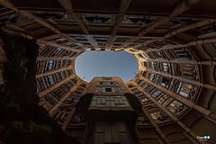 Barcelona .. casa Milà (capellini.chiara) Tags: cortile outdoor cielo sky architecture architettura antonigaudí lapedrera casamilà spain spagna barcellona barcelona