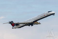 Air Canada Express CRJ-900 (C-FJJZ).jpg (Vince Amato Photography) Tags: bombardier cfjjz aircanadaexpress crj900 commercialairliner vancouverinternationalairport britishcolumbia cr9 crj9 cyvr canada ggn jza kv qk skv vancouver yvr zx