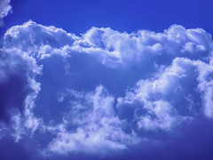 Mystical clouds are in the air (Neo-noir) Tags: bleu blue outside ciel sky naturaleza cielo earth nature air life