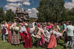 IMG_4297 (shadowtony) Tags: russia suzdal summer nature folklore суздаль лето троица июнь россия природа