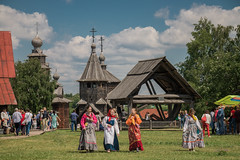 IMG_4157 (shadowtony) Tags: russia suzdal summer nature folklore суздаль лето троица июнь россия природа