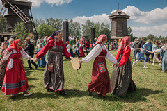 IMG_4097 (shadowtony) Tags: russia suzdal summer nature folklore суздаль лето троица июнь россия природа
