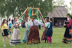 IMG_4170 (shadowtony) Tags: russia suzdal summer nature folklore суздаль лето троица июнь россия природа