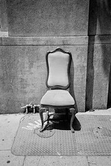 SOMA Chair (aweiss.sf) Tags: analog analogphotography analogue california film filmisnotdead firstexposures fx ishootfilm kodak mission missiondistrict olympus sanfrancisco stylus trix