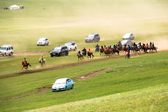 Race back to the starting point, can be 23km or more (kiwi vic) Tags: mongolia sergelen nomadic nomads horses horseracing trials
