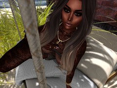 Leticia Hayalla (LeoGadda resident) Tags: shape slfashion pose empire slink belleza vanityevent scandalize sl avatar bento maitreya catwa firestorm secondlife