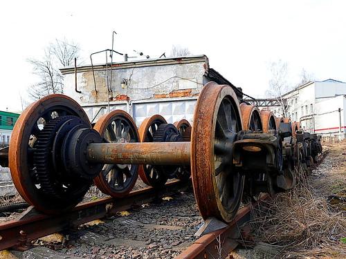 steel wheels ©  Sergei F