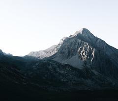 m o u n t a i n (- rien à voir -) Tags: x100t fujifilm landscape mountain ubaye
