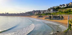 Cielos despejados en Donostia (eitb.eus) Tags: eitbcom 32961 g152113 tiemponaturaleza tiempon2019 playa gipuzkoa donostiasansebastian jonhernandezutrera