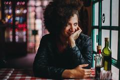 Malu. (Adolfo Rozenfeld) Tags: bokeh portrait café dof naturallight fotógrafa luznatural fotógrafo buenosaires leicasummiluxr1450 retrato vintagelens manuallens bar hair curlyhair