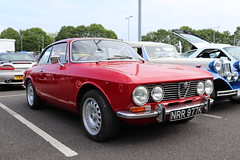 Alfa Romeo 2000 GT Veloce NRR977K (Andrew 2.8i) Tags: swccc stadium city cardiff show voitures voiture autos auto cars car classics classic welsh wales uk kingdom united italian coupe sports sportscar series105 gtv veloce gt 2000 alfaromeo