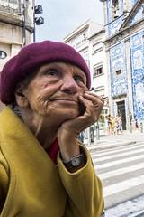 DSC07535 (Paulo J Moreira) Tags: streetphotography sonyrx100 colorstreetphotography porto