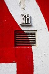Trente-huit (Gerard Hermand) Tags: 1904027969 gerardhermand france paris canon eos5dmarkii vitrysurseine streetart mur wall detail peinture paint aeration numero number 38 blanc white orange