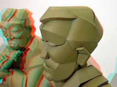 Warren King in Coda Apeldoorn 3D (wim hoppenbrouwers) Tags: anaglyph stereo redcyan warrenking coda apeldoorn 3d paperart 2019 nikkor 40mm