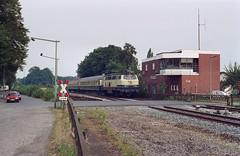 216 056 Osnabrück-Eversburg (A. Lippincott) Tags: db bahn railway diesel baureihe 216 v160 osnabrück eversburg niedersachsen bahnhof signalbox stellwerk