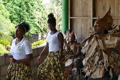 Orinoca (Fernweh Reisefotos) Tags: lateinamerika américalatina mittelamerika zentralamerika américacentral centralamerica nicaragua orinoco garifuna karibik caribbean caribe laguna perlas lagune lagoon tänzer dancer folklore trommler drummer redoblante musiker musician músico fz1000