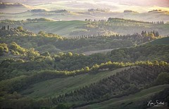 Tuscan Layers - Chiusure, Province of Siena, Italy (LensEye View) Tags: atmosphericphenomenon europe goldenhour italy landscape layers light naturallandscape nature provinceofsiena shadow sun sunlight sunset tusany tuscan tuscancountrytside valley