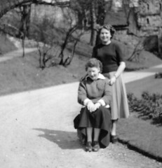 Posing in the gardens (vintage ladies) Tags: female woman lady portrait people photograph photo 50s 50slady 50swoman 50sstyle friends eoshe