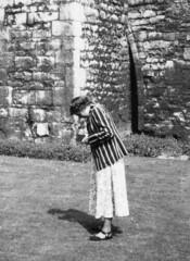 Blazer (vintage ladies) Tags: female woman lady portrait people photograph photo 50s 50slady 50swoman 50sstyle blazer eoshe
