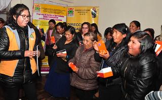 MUNICIPIO ENTREGA CELURES A  25 MUJERES CAPACITADAS EN REDES SOCIALES (5)