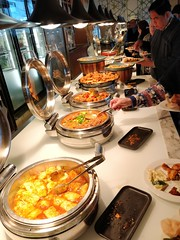 Sweet chilli cabbage rolls, beef stew, baked chicken drumsticks, chicken nuggets - Kitchen Workshop, Crown Casino Melbourne (avlxyz) Tags: buffet allyoucaneat casino