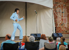 Elvis In The Square (PEEJ0E) Tags: elvis presley impersonator harmony square brantford ontario canada bruno nesci