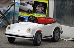 Porsche 911 cabriolet...à pédales ! (baffalie) Tags: auto voiture ancienne vintage classic old car coche retro expo italia sport automobile racing motor show collection club course race circuit italie padoue fiera