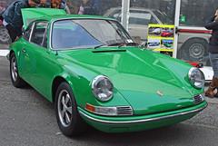 Porsche 911 coupé 2.2 T (baffalie) Tags: auto voiture ancienne vintage classic old car coche retro expo italia sport automobile racing motor show collection club course race circuit italie padoue fiera