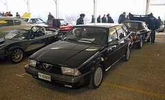 Alfa Romeo 75 America // PV-829678 (baffalie) Tags: auto voiture ancienne vintage classic old car coche retro expo italia sport automobile racing motor show collection club course race circuit italie padoue fiera