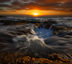 Churn (Hilton Chen) Tags: bigisland hawaii kona algaecoveredrocks colorfulsky dark dramaticsky landscape lavatube leadinglines longexposure moody seascape sunset sunstardd