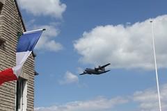 2014 06 05 0410 US C130 Over Arromanches (IoW_Sparky) Tags: usairforce military usaf france arromanches normandie normandy hercules c130 flag drapeau tricolore ciel nuages sky clouds calvados