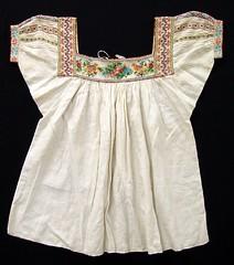 Antique Vintage Mexican Blouse Textiles (Teyacapan) Tags: mexico blusas blouses ropa clothing antique df museum textiles