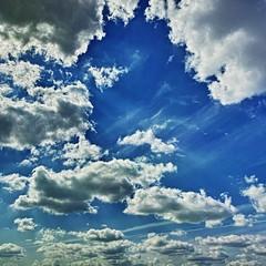 20190515_DP0Q8951-1x1-mod (NAMARA EXPRESS) Tags: 1x1 landscape sky cloud nature blue spring daytime fine outdoor color foveonclassicblue toyonaka osaka japan spp spp661 foveon x3 sigma dp0 quattro wide ultrawide superwide namaraexp