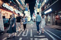 Seoul Street Life (Jon Siegel) Tags: nikon d810 voigtlander 20mm voigtlander20mmf35 seoul korea southkorea people street night wandering bars restaurants nightlife