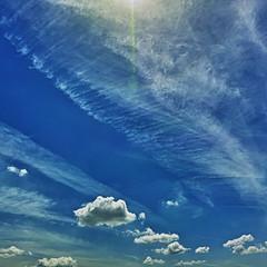 20190515_DP0Q8917-1x1-mod (NAMARA EXPRESS) Tags: blue sky cloud nature landscape spring fine daytime 1x1 color japan outdoor wide sigma osaka ultrawide foveon quattro toyonaka x3 superwide spp dp0 namaraexp foveonclassicblue spp661 ray