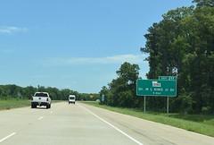 Shreveport, LA-  I-49 (jerseyman65) Tags: louisiana freeways roads routes travel 2019 2019texasroadtrip texas2019trip 2019texastrip interstates laroads laroutes lahighways shreveport la expressways interchanges exits ramps signs guidesigns highways roadscenes