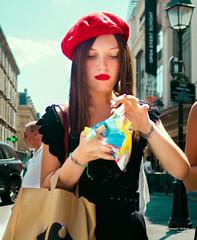 Street - Raspberry beret (François Escriva) Tags: street streetphotography paris france people candid olympus omd photo rue woman colors sidewalk sun red blue green bag clouds sky beret lipstick black cute beautiful girl hair