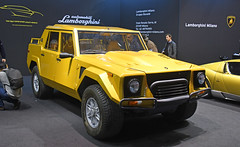 Lamborghini LM 002 (1986) (baffalie) Tags: auto voiture ancienne vintage classic old car coche retro expo italia sport automobile racing motor show collection club course race circuit italie milan fiera rho