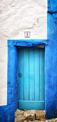Blue door in Obidos, Portugal (Randy Durrum) Tags: blue door obidos portugal number 1 stucco durrum samsung s9 plus