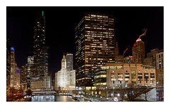 Chicago By Night (Jean-Louis DUMAS) Tags: chicago architecture architecte architectural architecturale building tower tour apple hdr sony panoramique panoramic panorama city cityscape nuit night shot