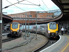 220013+221133 (mike_j's photos) Tags: york class220 class221 cross country voyager 220013 221133