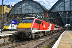 91108 - London Kings Cross - 18/07/19. (TRphotography04) Tags: london northeastern railways lner 91108 is seen kings cross after arriving with 1e14 1200 edinburgh service