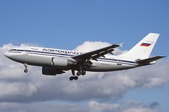 VP-BAF Heathrow 11-10-1998 (Plane Buddy) Tags: vpbaf airbus a310 aeroflot lhr heathrow