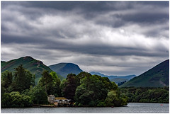 Derwent Water (Hawk 3663) Tags: derwentwater lakedistrict cumbria keswick sonya6000 sigma1770mm clouds lakeside mountains landscape boathouse