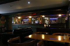 2019 - 19.7.19 The Clachan Cottage Hotel - Lochearnhead (15) (WeeMarie1121) Tags: water skis hotel cottage food drink bar sport marie137