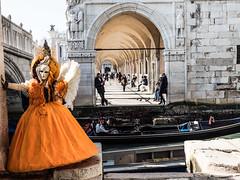 arancione (anna barbi) Tags: colonnato gondola laguna maschera carnevale venezia